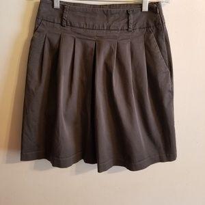 ZARA Basic pleated skirt, size Small